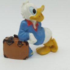 Figuras de Goma y PVC: PATO DONALD CON MALETA DISNEY - BULLY. Lote 207142400