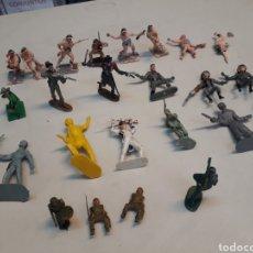 Figuras de Goma y PVC: SOLDADOS. Lote 207177777