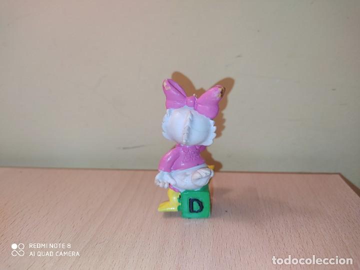 Figuras de Goma y PVC: FIGURA BEBES DISNEY Donald daisy PVC DISNEY COMICS SPAIN AÑOS 80 - Foto 2 - 207181855