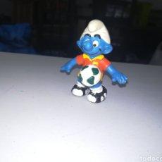 Figuras de Goma y PVC: SCHLEICH FIGURA DE PVC PITUFO FUTBOLISTA SMURFS ENRLAG. Lote 207207125