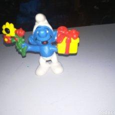 Figuras de Goma y PVC: SCHLEICH FIGURA DE PVC PITUFO CON REGALO SMURFS ENRLAG. Lote 207207718