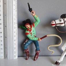 Figuras de Goma y PVC: VAQUERO/COWBOY A CABALLO, DE LAFREDO, SERIE VAQUEROS E INDIOS DE LOS AÑOS 60, TAMAÑO GRANDE/GIGANTE. Lote 207246502
