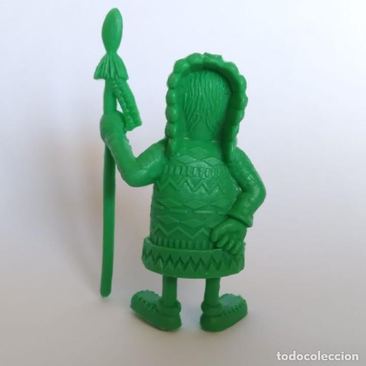 Figuras de Goma y PVC: Jefe indio de la serie Lucky Luke, figura Dunkin - Tito con marca de la época Dargaud - Foto 2 - 207276360