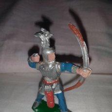 Figuras de Goma y PVC: ARQUERO MEDIEVAL PLÁSTICO LAFREDO. Lote 207282058