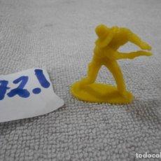 Figuras de Goma y PVC: PISTOLERO - ENVIO INCLUIDO A ESPAÑA. Lote 207341028