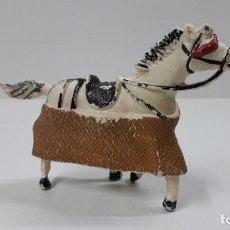 Figuras de Goma y PVC: CABALLO PARA PICADOR . REALIZADO POR TEIXIDO . ORIGINAL AÑOS 60. Lote 207355460