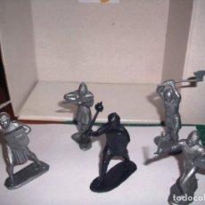 Figuras de Goma y PVC: 1/32 COMANSI PECH REAMSA CABALLERO NEGRO Y SUS SEGUIDORES. PLASTIC SOLDIERS. Lote 207385501