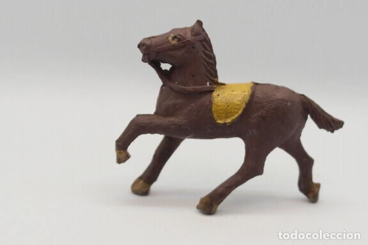 ANTIGUA FIGURA DEL OESTE EN GOMA. ALCA CAPELL Y/O LAFREDO. AÑOS 50/60 (Juguetes - Figuras de Goma y Pvc - Capell)