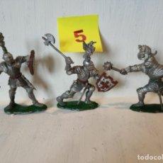 Figuras de Goma y PVC: LOTE 3 CABALLEROS MEDIEVALES CON ESCUDO, GRANDES. LAFREDO. Lote 207573162