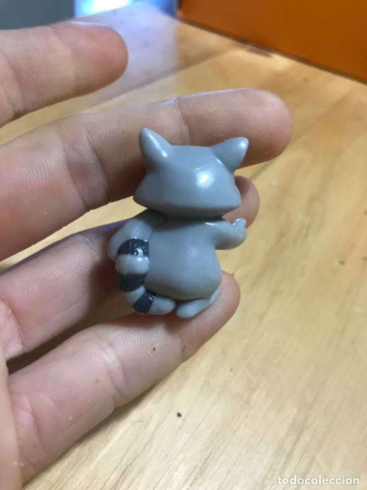 Figuras de Goma y PVC: Muñecos kinder ardillas terciopelo hippo ferrero 1992 gnomo mofeta MPG uno10 lote de 5 figuras - Foto 3 - 207691703