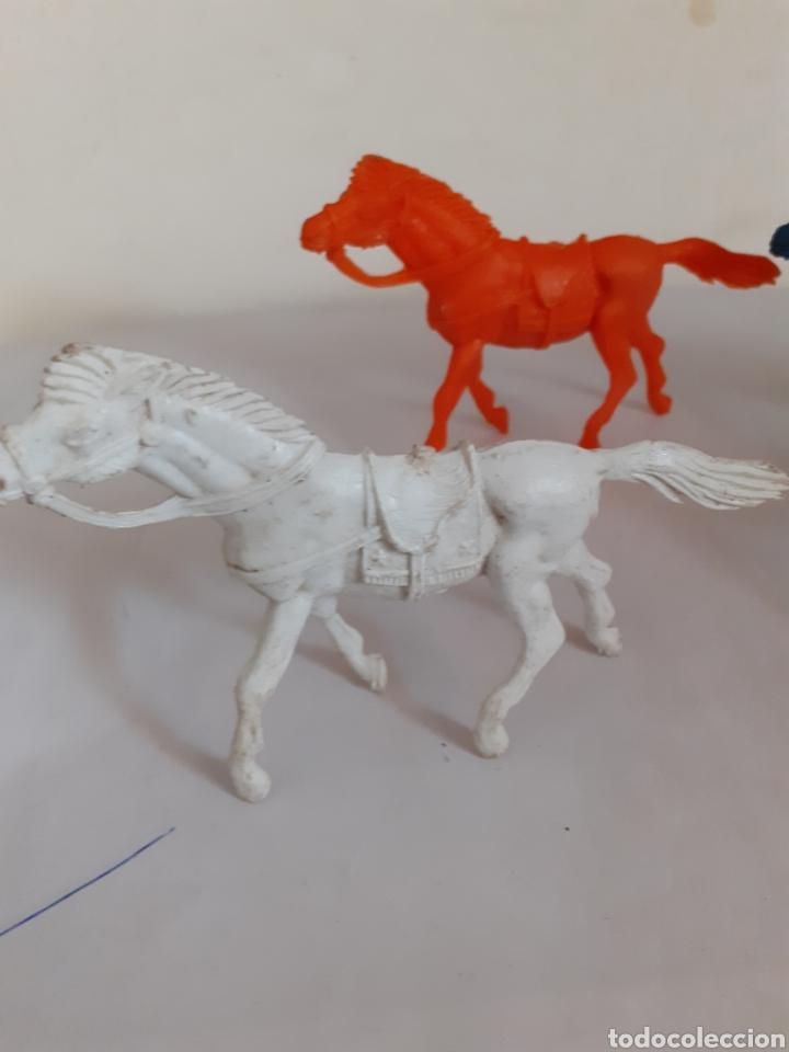 Figuras de Goma y PVC: LOTE CABALLOS VAQUEROS PLASTICO TIPO JECSAN ,REAMSA,PECH - Foto 3 - 207747645