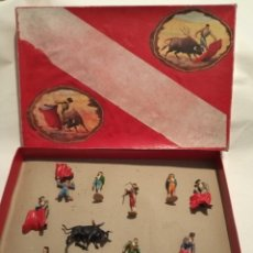 Figuras de Goma y PVC: ANTIGUA CAJA FIGURAS TEIXIDO GOMA TOREROS. Lote 207875900