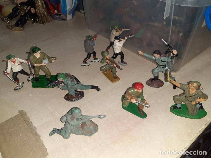 LOTE DE 11 SOLDADOS DE LA 2ª GUERRA MUNDIAL.REAMSA. (Juguetes - Figuras de Goma y Pvc - Reamsa y Gomarsa)