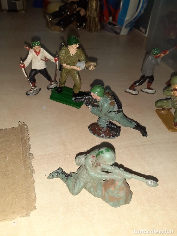 Figuras de Goma y PVC: Lote de 11 soldados de la 2ª Guerra Mundial.Reamsa. - Foto 2 - 208309006