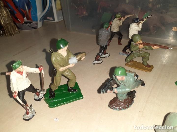 Figuras de Goma y PVC: Lote de 11 soldados de la 2ª Guerra Mundial.Reamsa. - Foto 3 - 208309006