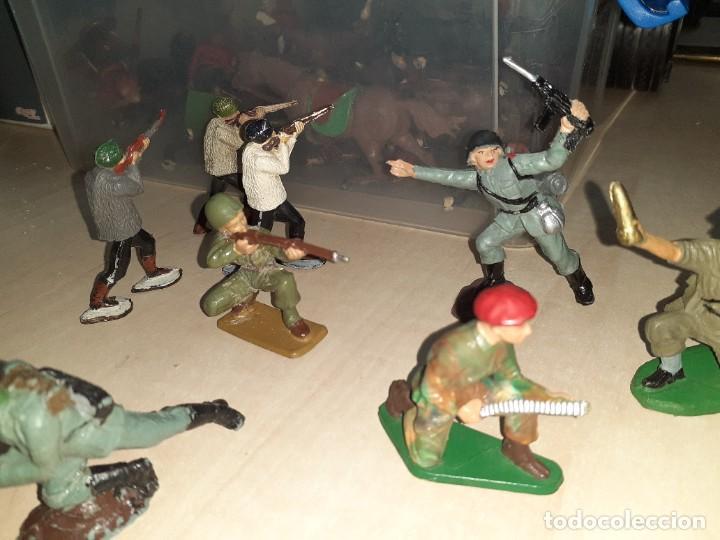 Figuras de Goma y PVC: Lote de 11 soldados de la 2ª Guerra Mundial.Reamsa. - Foto 4 - 208309006