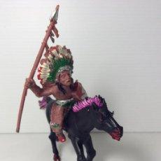 Figuras de Goma y PVC: FIGURA INDIO CON LANZA A CABALLO EN PLASTICO 6 CMS DE LAFREDO. Lote 208424008