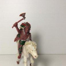 Figuras de Goma y PVC: FIGURA INDIO CON HACHA A CABALLO EN PLASTICO 6 CMS DE LAFREDO. Lote 208424216