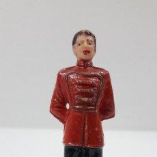 Figuras de Goma y PVC: PORTERO O MOZO DE PISTA . REALIZADO POR JECSAN . SERIE CIRCO . ORIGINAL AÑOS 60. Lote 208444772
