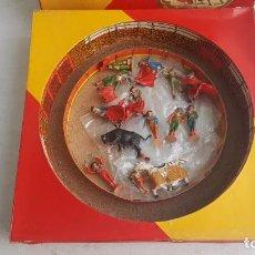 Figuras de Borracha e PVC: ANTIGUA GRAN PLAZA DE TOROS CON FIGURAS. TEIXIDO. Lote 208994613