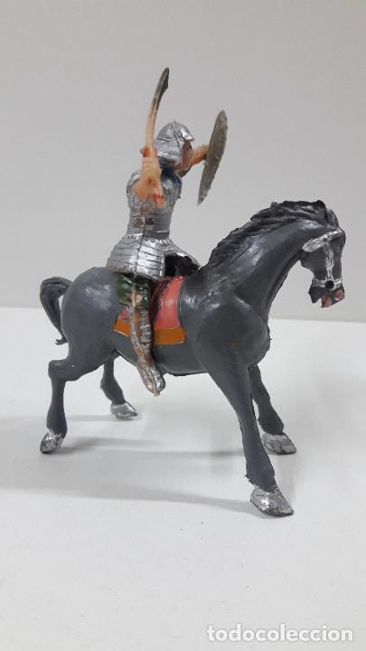 Figuras de Goma y PVC: SAMURAI A CABALLO - ESCUDO DESMONTABLE . REALIZADO ESTEREOPLAST . SERIE EL JABATO . ORIGINAL AÑOS 60 - Foto 4 - 209156246