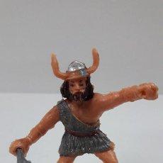 Figuras de Goma y PVC: EL VIKINGO ERIK CON MAZA . SERIE EL CAPITAN TRUENO . REALIZADO POR ESTEREOPLAST . AÑOS 60. Lote 209156712