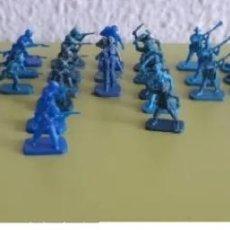 Figuras de Goma y PVC: NEOZELANDESES. Lote 209161283