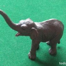 Figuras de Goma y PVC: CRIA DE ELEFANTE DE MARCA DESCONOCIDA DE ANIMALES A ESTRENAR. Lote 209303215