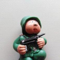 Figuras de Goma y PVC: MUÑECO GOMA SOLDADO ALEMAN. Lote 209323087