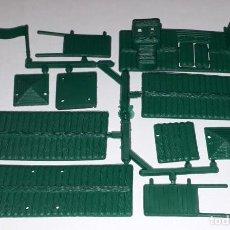 Figuras de Goma y PVC: MONTAPLEX MONTAMAN COLADA FORT NEVADA FUERTE WESTERN OESTE KIOSCO. Lote 220568476