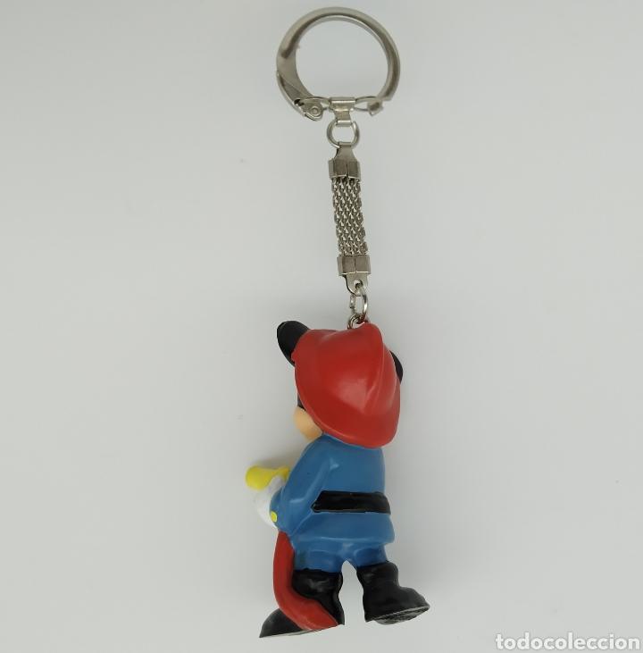 Figuras de Goma y PVC: Mickey Mouse bombero, Disney, llavero de BULLYLAND - Foto 2 - 209389095