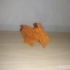 Figuras de Goma y PVC: MOTO PREMIUM DUNKIN. Lote 209612821