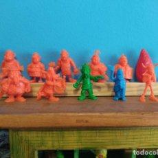 Figuras de Goma y PVC: DUNKIN,ASTERIX SONRICS LOTE. Lote 209684220