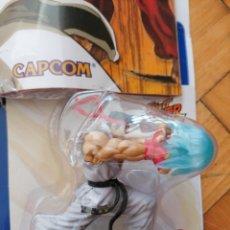 Figuras de Goma y PVC: FIGURA STREET FIGHTER ALTAYA CON REVISTA. Lote 209998732