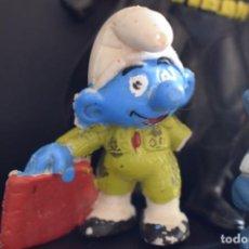 Figuras de Goma y PVC: PITUFO TORERO (Y OTROS). Lote 210010605