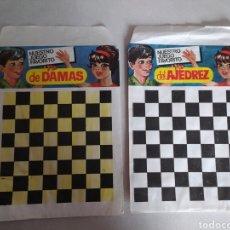 Figuras de Goma y PVC: LOTE DE DOS SOBRES MONTAPLEX DAMAS Y AJEDREZ. Lote 210063072