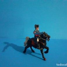 Figuras de Goma y PVC: FIGURA NAPOLEON A CABALLO NAPOLEONICO LAFREDO GOMA.. Lote 210064091