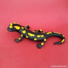 Figuras de Goma y PVC: SALAMANDRA COMÚN FIGURA BULLYLAND ANFIBIOS ANIMALES GOMA. Lote 210168708