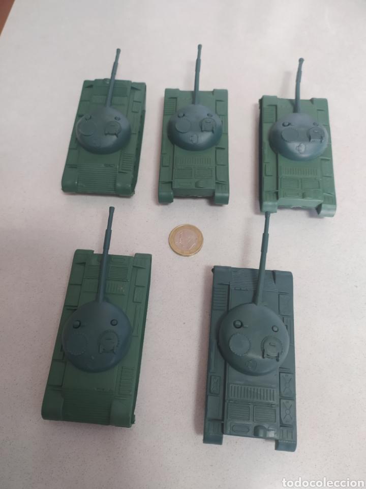 Figuras de Goma y PVC: Tanques de plástico - Foto 2 - 210220868