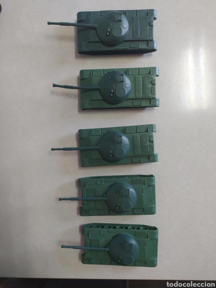 Figuras de Goma y PVC: Tanques de plástico - Foto 3 - 210220868