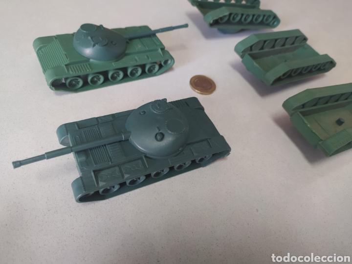Figuras de Goma y PVC: Tanques de plástico - Foto 6 - 210220868