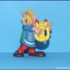 Figuras de Goma y PVC: ASTERIX ASURANCETÚRIX FIGURA EN PVC BULLY 1ª SERIE 1974 CACOFONIX. Lote 210331365
