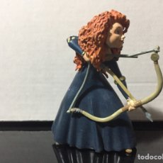 Figuras de Goma y PVC: FIGURA PVC BRAVE TIRANDO CON ARCO ROTO WALT DISNEY BULLYLAND BULLY. Lote 210591196