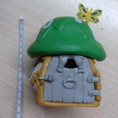 Figuras de Goma y PVC: JUGUETE, CASA SETA GOMA O PVC, MUÑECO, FIGURA PITUFO, SCHLEICH - SEMI NUEVA CON CAJA - SMURFS. Lote 210936540