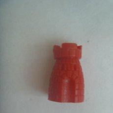 Figuras de Goma y PVC: FIGURA DE DUNKIN , COLECCION DE PIEZA DE AJEDREZ : TORRE ROJA. Lote 211478217