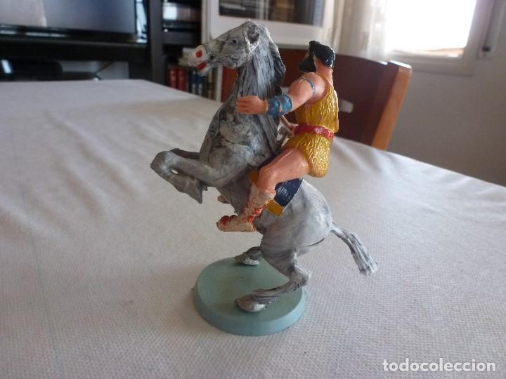 Figuras de Goma y PVC: FIGURA DE TAURUS A CABALLO ESTEREOPLAST DE LA SERIE EL JABATO - Foto 2 - 211491527