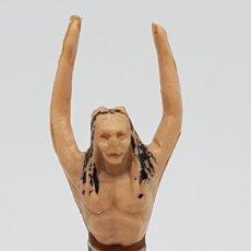 Figuras de Goma y PVC: FIGURA INDIO REAMSA REF 37 BRAZOS EN ALTO. Lote 211570940