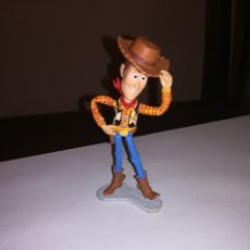Figuras de Goma y PVC: WALT DISNEY FIGURA DE PVC BULLY PIXAR WOODY TOY STORY. Lote 211599819