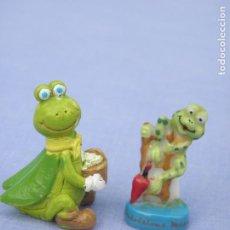 Figuras de Goma y PVC: LOTE DOS FIGURITAS MINIATURA CIGARRA Y RANA. Lote 211727988
