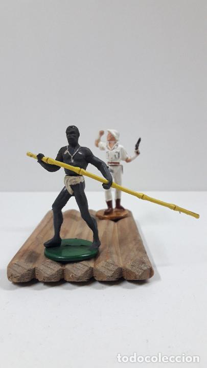 Figuras de Goma y PVC: BALSA CON GUERRERO Y EXPLORADOR . REALIZADOS POR GAMA . ORIGINAL AÑOS 50 - Foto 5 - 211943658